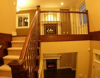 """Photo 8: 6679 BLUNDELL Road in Richmond: Granville House for sale in """"WOODRIDGE MEWS"""" : MLS®# V748353"""