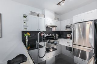 """Photo 9: 119 738 E 29TH Avenue in Vancouver: Fraser VE Condo for sale in """"CENTURY"""" (Vancouver East)  : MLS®# R2003919"""