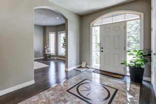 Photo 3: 9202 150 Street in Edmonton: Zone 22 House for sale : MLS®# E4258743