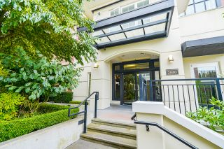 """Photo 7: 210 2940 KING GEORGE Boulevard in Surrey: King George Corridor Condo for sale in """"HIGH STREET"""" (South Surrey White Rock)  : MLS®# R2496807"""
