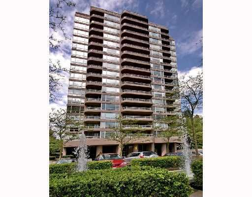 """Main Photo: 207 9633 MANCHESTER Drive in Burnaby: Cariboo Condo for sale in """"STRATHMORE TOWERS"""" (Burnaby North)  : MLS®# V808868"""