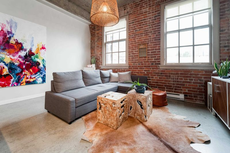 FEATURED LISTING: 303 - 546 BEATTY Street Vancouver