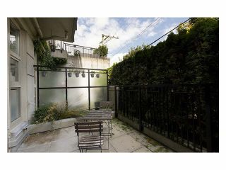 """Photo 7: 105 205 E 10TH Avenue in Vancouver: Mount Pleasant VE Condo for sale in """"The Hub"""" (Vancouver East)  : MLS®# V1082695"""