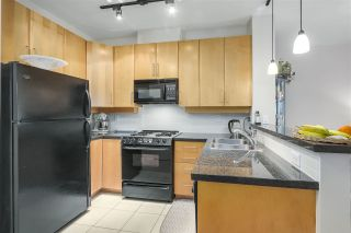 Photo 3: 411 2655 CRANBERRY Drive in Vancouver: Kitsilano Condo for sale (Vancouver West)  : MLS®# R2343223