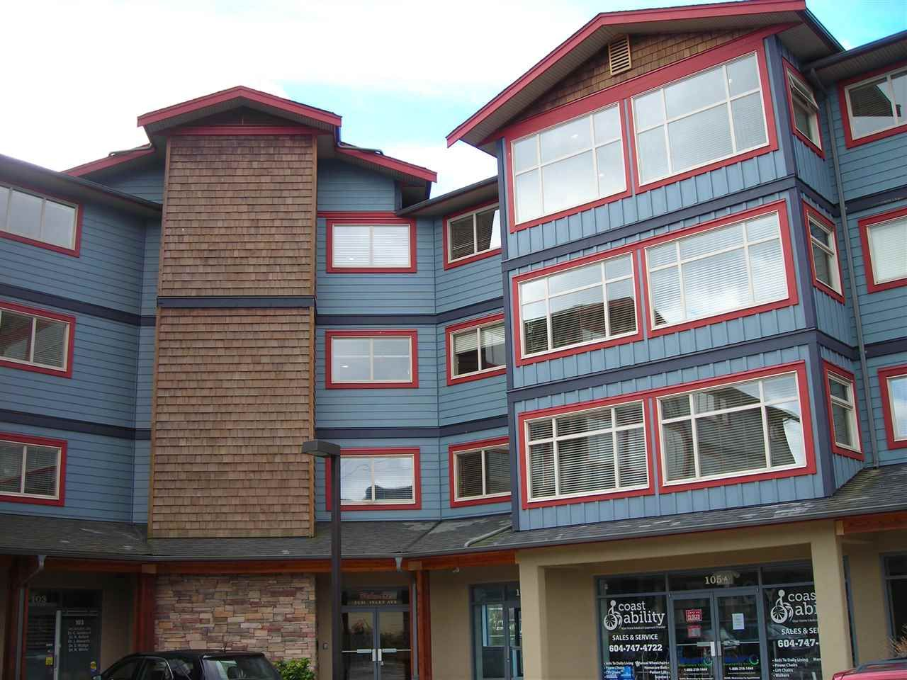 Main Photo: 406 5631 INLET Avenue in Sechelt: Sechelt District Condo for sale (Sunshine Coast)  : MLS®# R2118264
