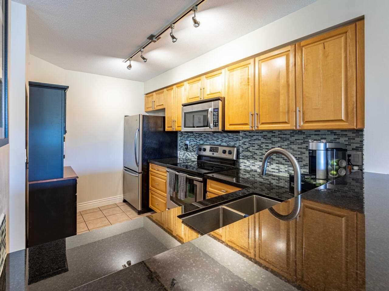 "Photo 8: Photos: 226 5800 ANDREWS Road in Richmond: Steveston South Condo for sale in ""THE VILLAS"" : MLS®# R2569641"