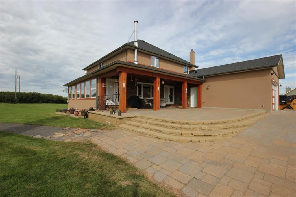 Main Photo: 281236 Range Road 42 in Rural Rocky View County: Rural Rocky View MD Detached for sale : MLS®# A1124503