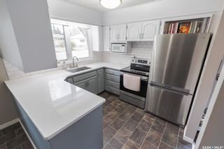 Photo 9: 15 Newton Crescent in Regina: Parliament Place Residential for sale : MLS®# SK874072