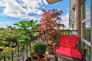 """Photo 20: 320 17769 57 Avenue in Surrey: Cloverdale BC Condo for sale in """"CLOVER DOWNS ESTATES"""" (Cloverdale)  : MLS®# R2604381"""