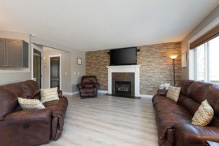 Photo 4: 147 Breukel Crescent: Fort McMurray Detached for sale : MLS®# A1085727