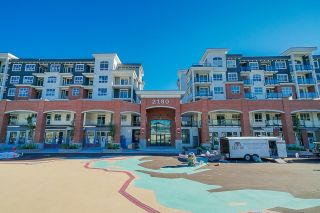 Photo 2: 4221 2180 KELLY Avenue in Port Coquitlam: Central Pt Coquitlam Condo for sale : MLS®# R2614441