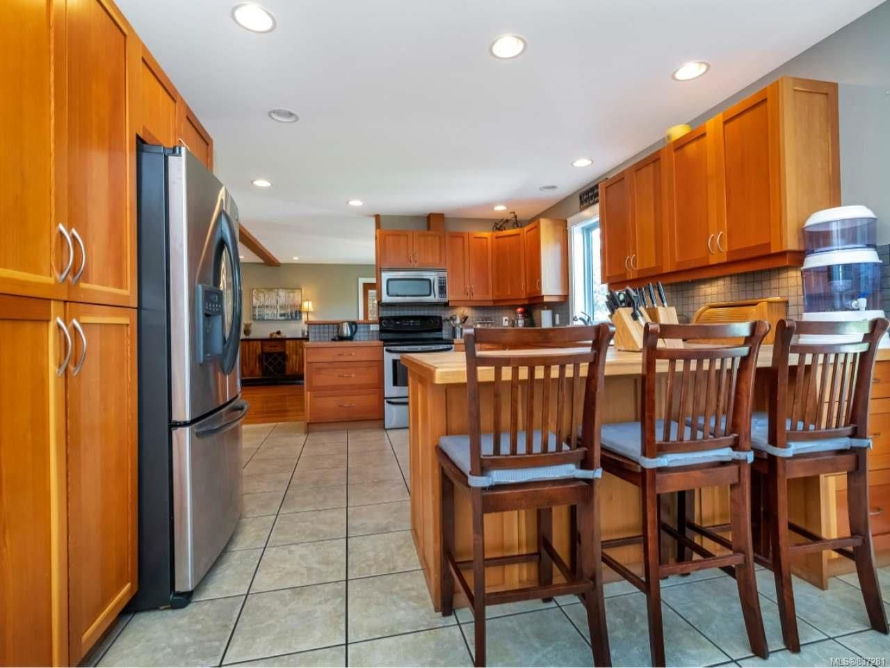 Photo 20: Photos: 925 Lilmac Rd in MILL BAY: ML Mill Bay House for sale (Malahat & Area)  : MLS®# 837281