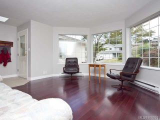 Photo 8: 793 HOBSON Avenue in COURTENAY: CV Courtenay East House for sale (Comox Valley)  : MLS®# 708991