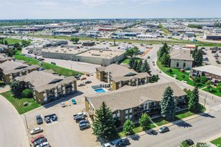 Photo 31: 15 111 ST LAWRENCE Crescent in Saskatoon: River Heights SA Residential for sale : MLS®# SK844818