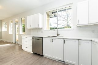 """Photo 4: 3 6177 169 Street in Surrey: Cloverdale BC Townhouse for sale in """"Northview Walk"""" (Cloverdale)  : MLS®# R2534370"""