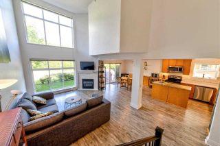 "Photo 2: 49 41050 TANTALUS Road in Squamish: Tantalus 1/2 Duplex for sale in ""Greensides Estates"" : MLS®# R2360182"