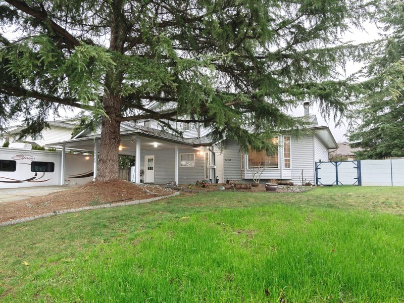 FEATURED LISTING: 34948 Mount Blanchard Drive Abbotsford East