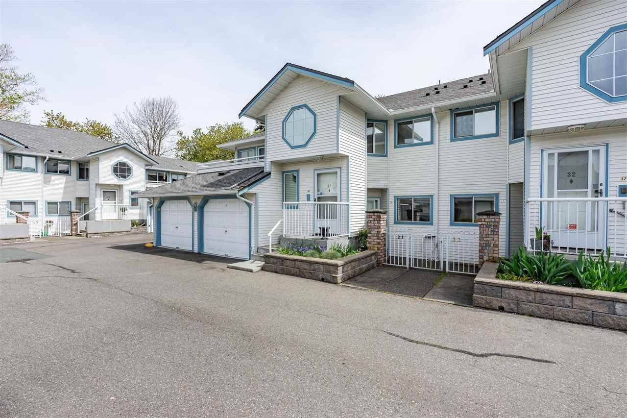 """Main Photo: 31 19797 64 Avenue in Langley: Willoughby Heights Townhouse for sale in """"Cheriton Park"""" : MLS®# R2573574"""