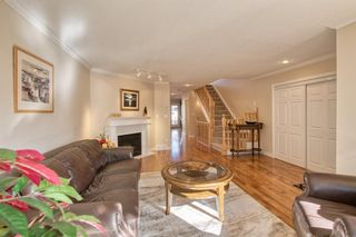 Photo 5: 2004 32 Street SW in Calgary: Killarney/Glengarry Detached for sale : MLS®# A1090186