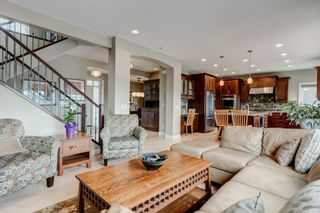 Photo 12: 38 Elmont Estates Manor SW in Calgary: Springbank Hill Detached for sale : MLS®# C4293332