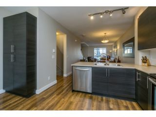 """Photo 12: 21 21867 50 Avenue in Langley: Murrayville Townhouse for sale in """"Winchester"""" : MLS®# R2009721"""