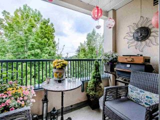 """Photo 13: 306 295 SCHOOLHOUSE Street in Coquitlam: Maillardville Condo for sale in """"Chateau Royale"""" : MLS®# R2466921"""