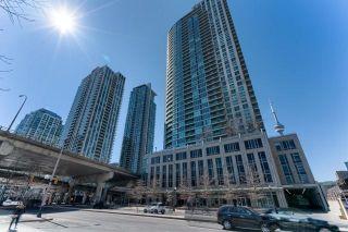 Photo 1: 1907 18 Yonge Street in Toronto: Waterfront Communities C1 Condo for lease (Toronto C01)  : MLS®# C4134176