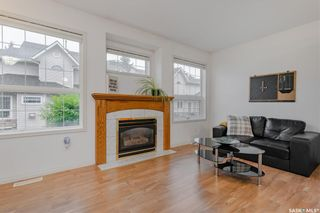 Photo 3: 4 102 Willow Street East in Saskatoon: Exhibition Residential for sale : MLS®# SK867978