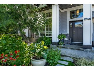 """Photo 2: 18090 67B Avenue in Surrey: Cloverdale BC House for sale in """"South Creek"""" (Cloverdale)  : MLS®# R2454319"""