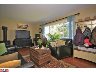 Photo 2: 16310 15TH Avenue in Surrey: King George Corridor House for sale (South Surrey White Rock)  : MLS®# F1209725