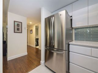 """Photo 8: 506 867 HAMILTON Street in Vancouver: Downtown VW Condo for sale in """"JARDINE'S LOOKOUT"""" (Vancouver West)  : MLS®# R2324358"""