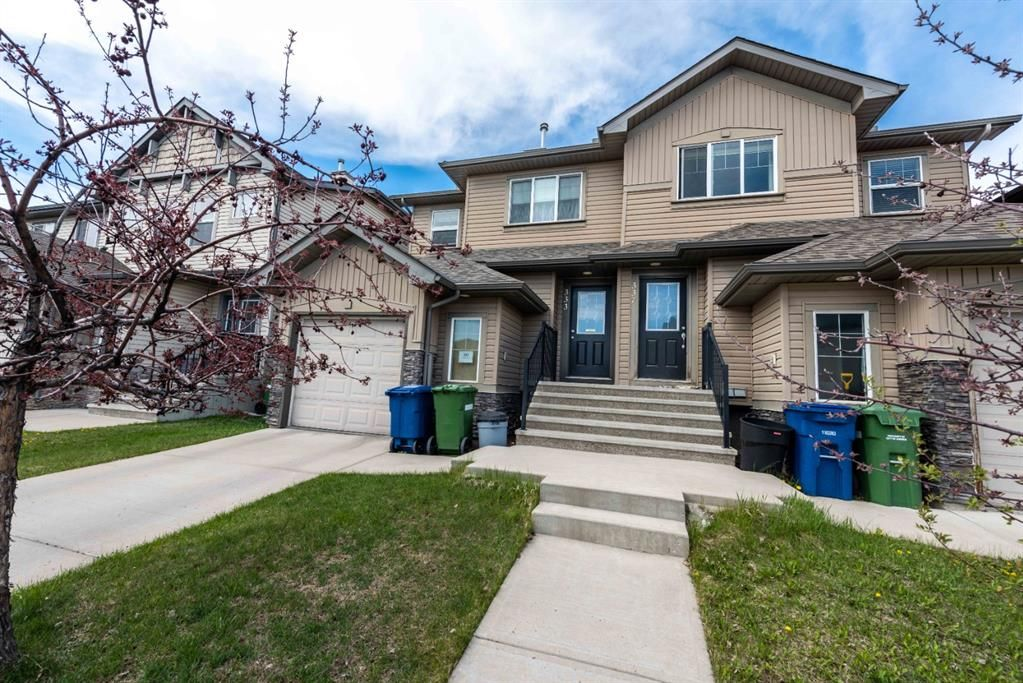 Main Photo: 333 Luxstone Way SW: Airdrie Semi Detached for sale : MLS®# A1107087