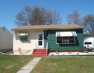Photo 1: 11 APPLEWOOD Bay in WINNIPEG: Windsor Park / Southdale / Island Lakes Residential for sale (South East Winnipeg)  : MLS®# 2807067