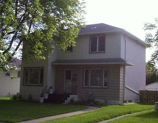 Main Photo: 687 WATERLOO Street in WINNIPEG: River Heights / Tuxedo / Linden Woods Single Family Detached for sale (South Winnipeg)  : MLS®# 2710072