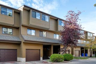 Photo 1: 109 3131 63 Avenue SW in Calgary: Lakeview Row/Townhouse for sale : MLS®# A1151167