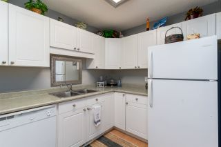Photo 10: 12237 140A Avenue in Edmonton: Zone 27 House Half Duplex for sale : MLS®# E4230261