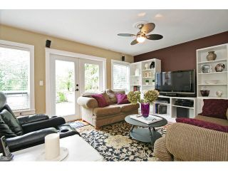 """Photo 9: 21510 83B Avenue in Langley: Walnut Grove House for sale in """"Forest Hills"""" : MLS®# F1442407"""