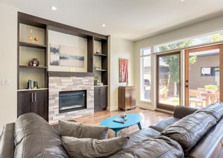 Photo 13: 3322 41 Street SW in Calgary: Glenbrook Detached for sale : MLS®# A1122385