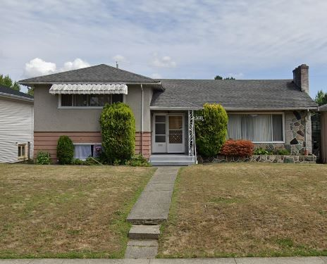 Main Photo: 5608 Manson Street in Vancouver: House