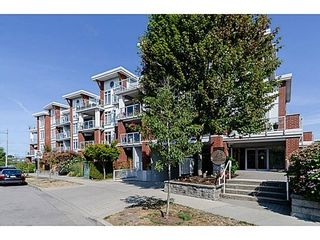 Photo 1: 105 4111 BAYVIEW Street in Richmond: Steveston South Home for sale ()  : MLS®# V1024352