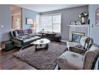"""Photo 2: 520 ST GEORGES Avenue in North Vancouver: Lower Lonsdale Townhouse for sale in """"STREAMLINE PLACE"""" : MLS®# V1067178"""