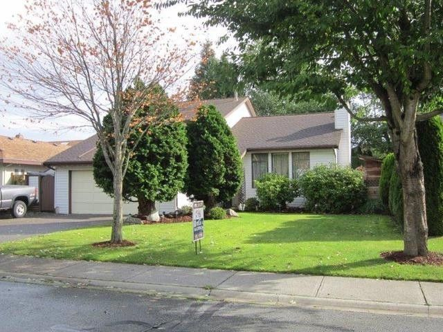"""Main Photo: 1832 140A Street in Surrey: Sunnyside Park Surrey House for sale in """"OCEAN BLUFF"""" (South Surrey White Rock)  : MLS®# F1406736"""