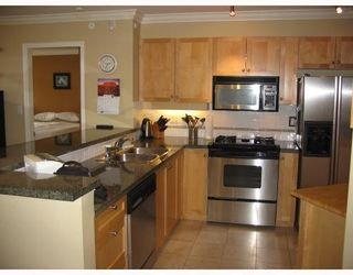 Photo 5: # 108 3629 DEERCREST DR in North Vancouver: Condo for sale : MLS®# V785578