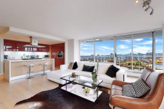 Photo 7: 1602 8 SMITHE Mews in Vancouver: Yaletown Condo for sale (Vancouver West)  : MLS®# R2518054
