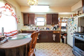 Photo 11: 3657 E PENDER Street in Vancouver: Renfrew VE House for sale (Vancouver East)  : MLS®# R2561375