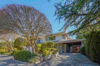 """Photo 2: 4264 ATLEE Avenue in Burnaby: Deer Lake Place House for sale in """"DEER LAKE PLACE"""" (Burnaby South)  : MLS®# R2571453"""