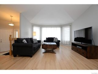 Photo 5: 27 CASTLE Place in Regina: Whitmore Park Residential for sale : MLS®# SK615002