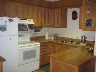 Photo 2: 4222 Saratoga Road in Scotch Creek: House for sale : MLS®# 10030681