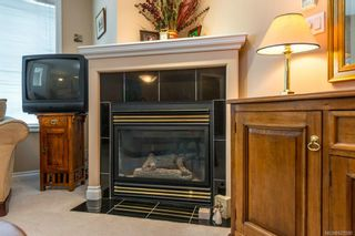 Photo 5: 3846 Stamboul St in : SE Mt Tolmie Row/Townhouse for sale (Saanich East)  : MLS®# 625580