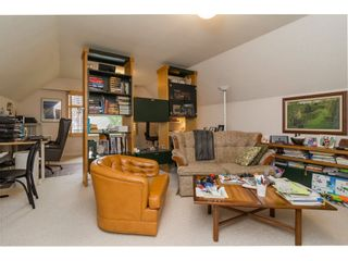 Photo 16: 1764 148A Street in Surrey: Sunnyside Park Surrey House for sale (South Surrey White Rock)  : MLS®# R2166852